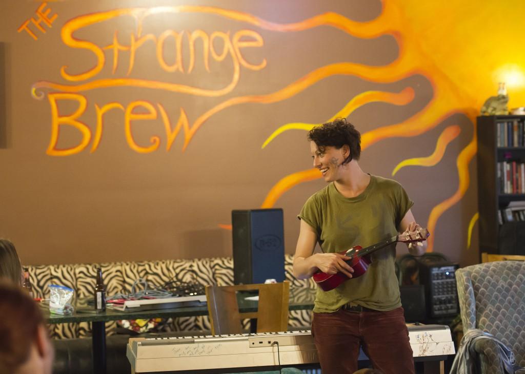 Amanda on ukelele at The Strange Brew coffee house in Indiana.